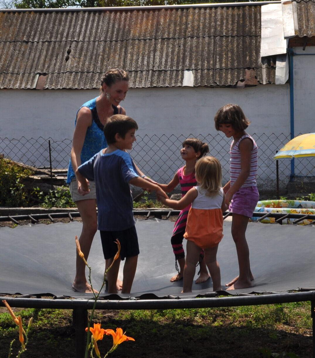 Micala Isaev Kids Trampoline2